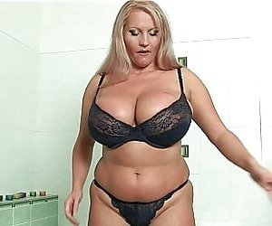 Granny Cougar Porn