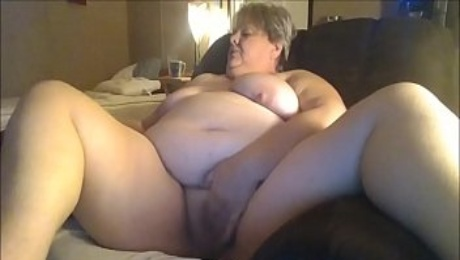 Chunky Granny Masturbating For Her y. Date