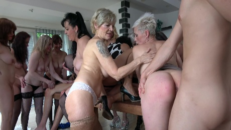 Naked matures in mind-blowing sex orgy